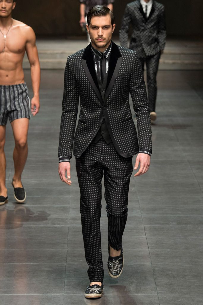 DOLCE_GABBANA_2016SSMen_s_Collection_runway_gallery52枚目