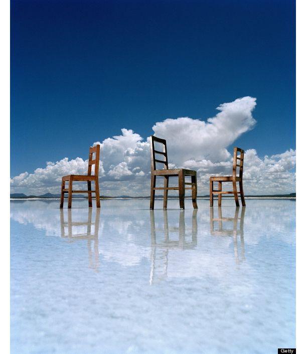 世界で最も広い天然の鏡がある場所   roomie(ルーミー)