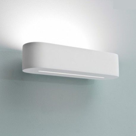 Sans l'ombre d'un doute, ce luminaire offrira à votre déco, une touche jupitérienne. Avec son adorable design fini en blanc et sa structure en plâtre, il représente un bel enrichissement pour votre logement.