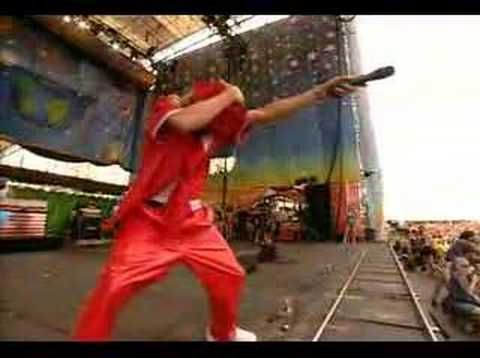 Kid Rock - Bawitdaba (Woodstock 99) lol this video was cracking me up. maybe it was the baggy red pleather pants...