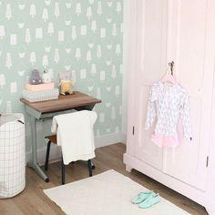 Meer dan 1000 idee n over meisjes slaapkamer behang op pinterest girls bedroom roze - Wallpaper voor hoofdeinde ...