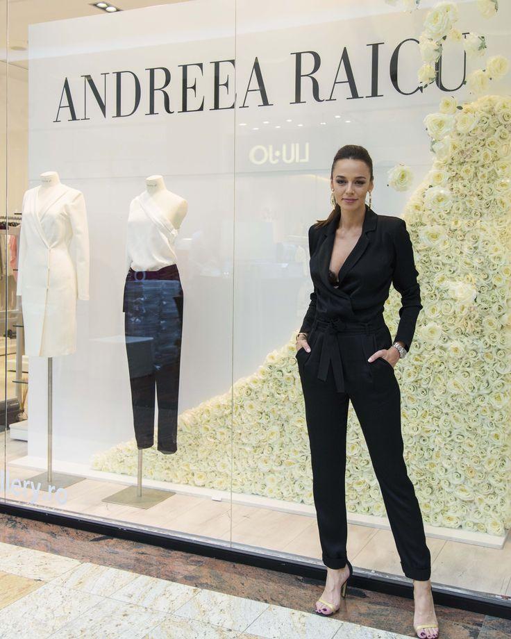 Povestea merge mai departe: lansarea colectiei de haine Andreea Raicu in magazinul Victoria 46