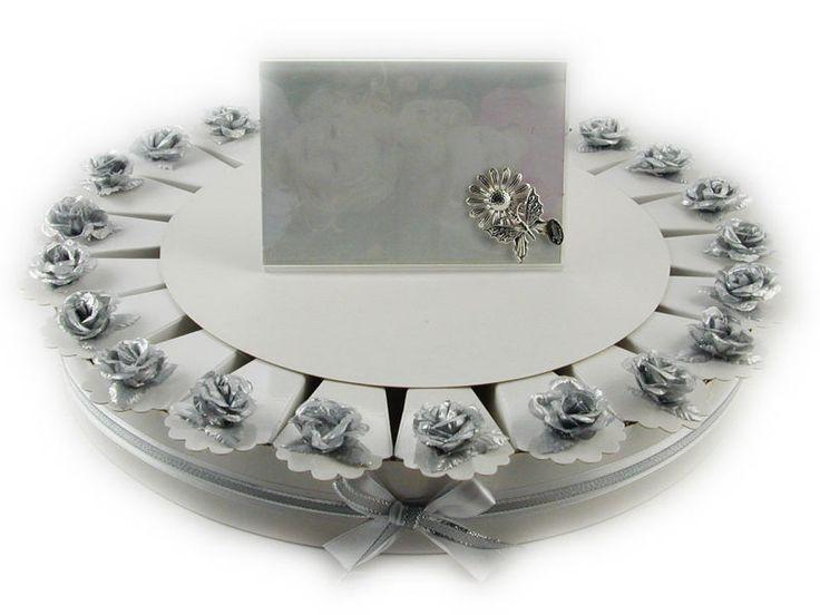 Torta bomboniera 22 fette rose in tessuto colore argento