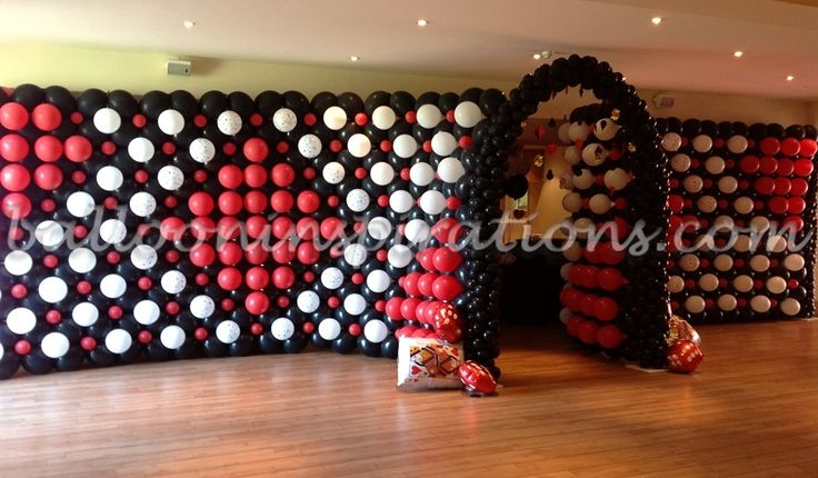 Vegas styled prom party decorations for london essex uk for Balloon decoration london