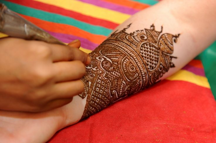 Henna Incredible India tours @ www.tajvoyages.com.au