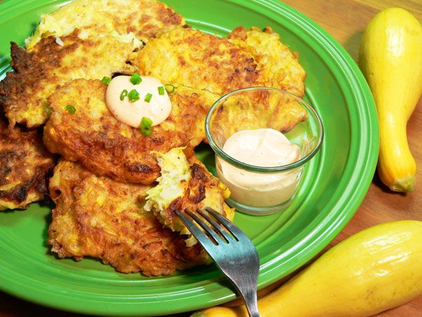Squash Fritters Recipe ~ when you have tons o' squash  :-)  **UPDATE: Made this recipe tonight & it turned out SO good!  And the left-over fritters are just as good  :-) #South #Southern