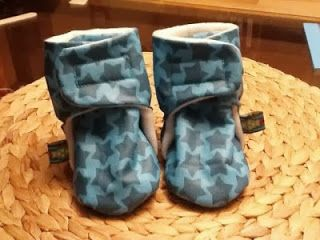 "Leela Minzz: Freebook Babystiefel ""Knuffelchen"""