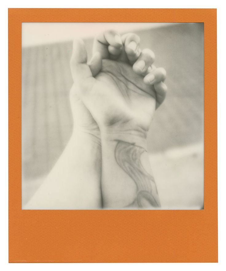Polaroid 600 film: Hands with Anna