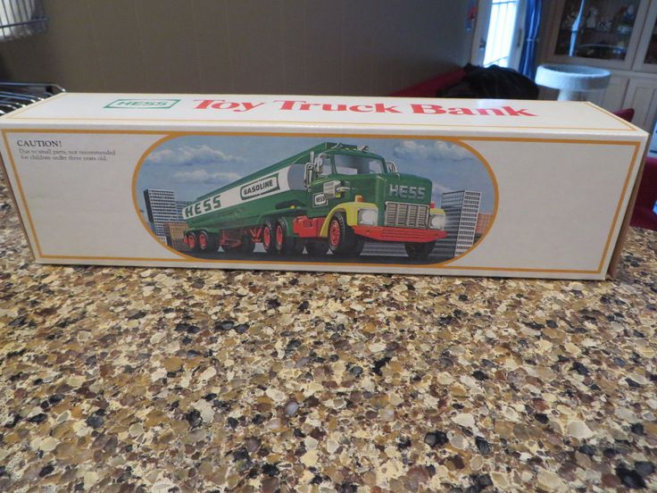 1984 Hess Fuel Oil Tanker Toy Truck Bank MINT in original box