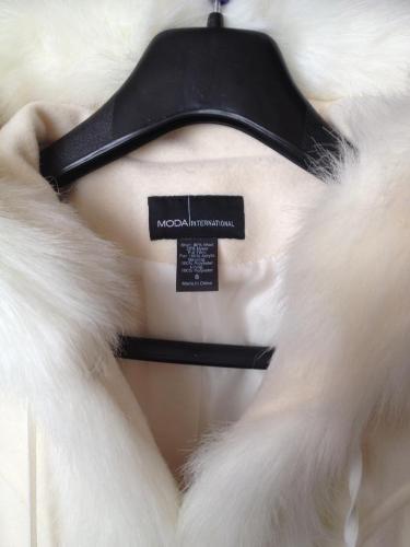 VICTORIA'S SECRET Biały płaszczyk roz.S USA