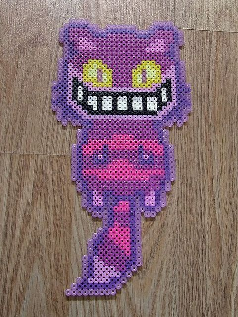 Cheshire cat bead sprite by RedHerring1up, via Flickr