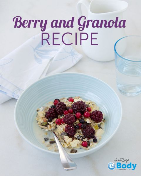 Berry and Granola Oatmeal: Get the full recipe on www.12wbt.com #pullupachair #healthymeal #12WBT