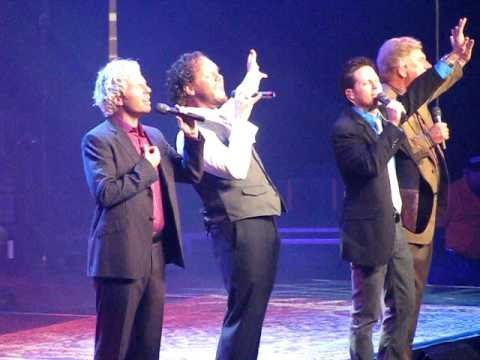 "David Phelps sings Let Freedom Ring 10/18/08  David Phelps singing his part in ""Let Freedom Ring"" while filling in for Guy Penrod with the Gaither Vocal Band in Wichita Falls, TX on 10.18.08"