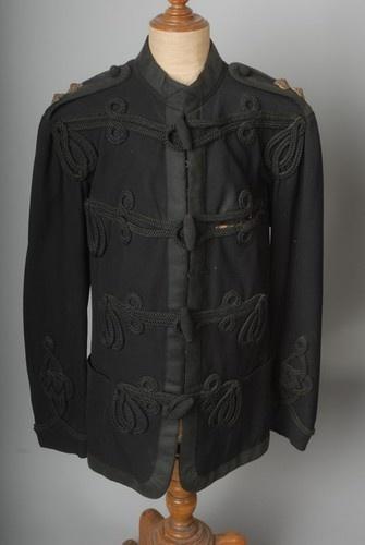Army Uniform Victorian British Army Uniform border=