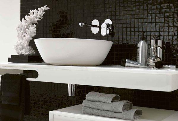 Siyah Beyaz Banyo Dekorasyonu