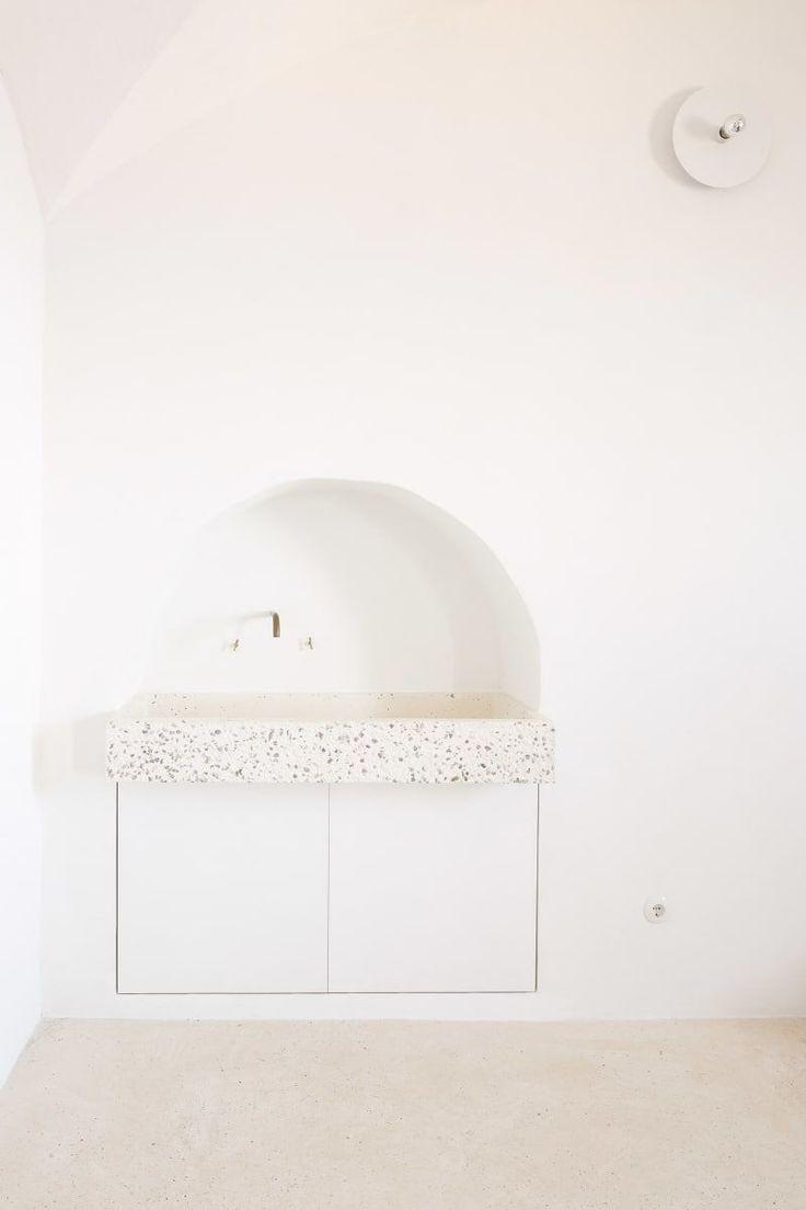 https://divisare.com/projects/371125-isla-luis-diaz-diaz-ca-n-rei #ContemporaryInteriorDesignbathroom