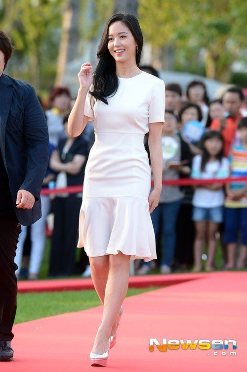 Kang han na  Kang Han Na (강한나)  2019-07-02