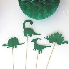 4 brochettes dinosaures verts pour fête d'anniversaire- photobooth