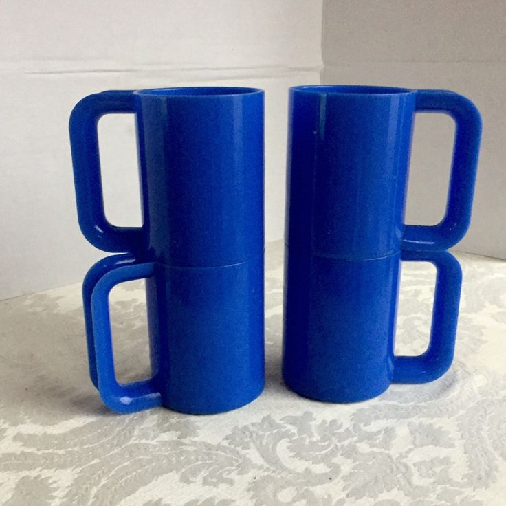 Stacking Blue Plastic Mugs by vintagepoetic on Etsy
