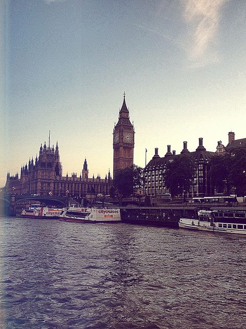 London: our stinkin flight was rescheduled for Saturday! It's an amazing place though