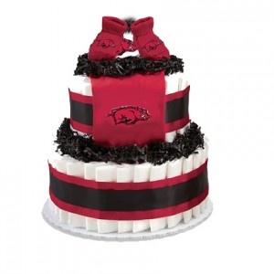 Razorback Diaper Cake: Diapers Towels Cakes, Diapers Cakes Someone, Diapers Cakes Cut, Diaper Cakes, Hog Diapers, Cakes Idea, Diapers Cakes Wreaths, Razorbacks Diapers, Baby Diapers