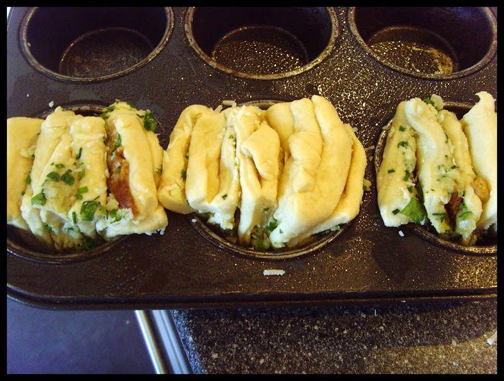 De her pull apart brød er simpelthen så skønne, og vækker lykke hver gang jeg laver dem, det kan godt virke en smule omstændigt da de skal h...