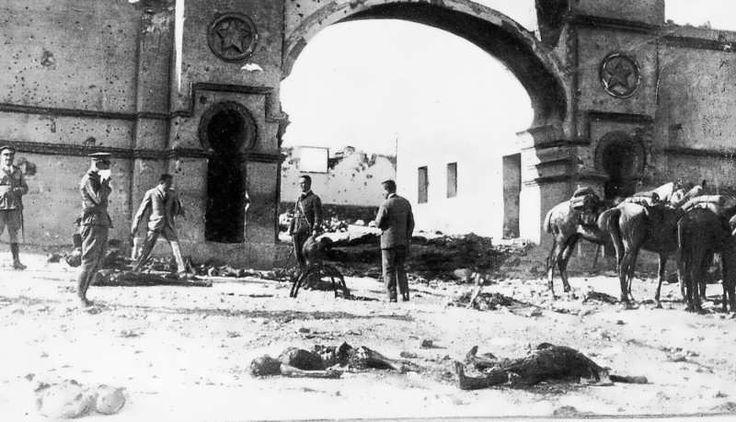 1921 julio Monte Arruit cadaveres en descomposicion tras desastre.jpg