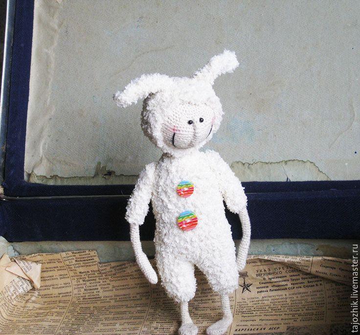 Купить Заяц - комбинированный, заяц, авторская игрушка, вязаная игрушка, Вязание крючком, каркасная игрушка