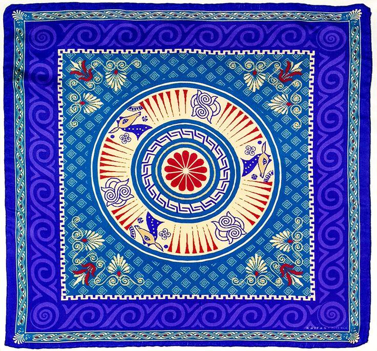 Fabric : 100% Pure Silk Type   : Foulard 7m/m Print   : digital Hand-rolled edges Dimensions  : 50x50cm / 19''x19'' Theme : Ancient Greek Motifs 17-50-112 Purple-Beige