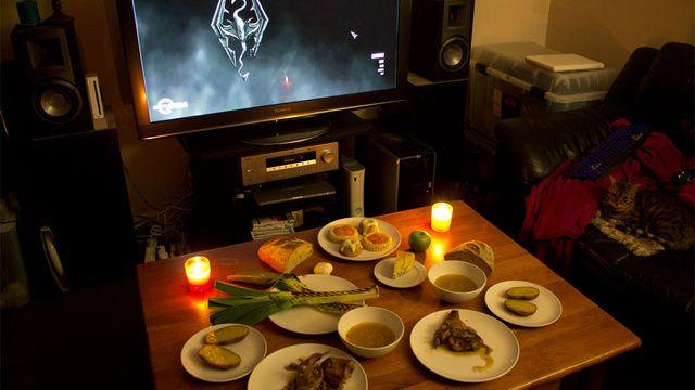 Playing Skyrim often makes me hungry. This solidifies the phenomenon.: Gamergeekeri Foodz, Geeky Food, Nerd Geek Stuff, Nerdgeek Stuff, Style Meals, Hearti Skyrim, Geeky Kingdom, Geek Food, Skyrim Them Meals