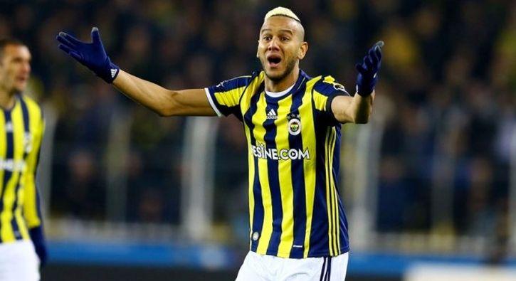 #SPOR Josef de Souza'dan flaş Van Persie sözleri ve Alex isyanı: Fenerbahçe'nin Brezilyalı oyuncusu Josef de Souza, verdiği röportajda Van…