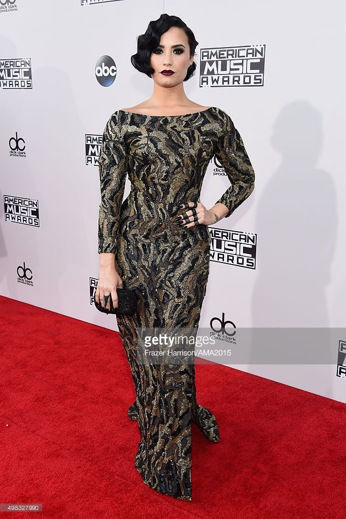 Singer Demi Lovato attends the 2015 American Music Awards at Microsoft Theater on November 22, 2015 in Los Angeles, California.  (Photo by Frazer Harrison/AMA2015/Getty Images for dcp)