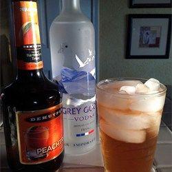 Alcoholic Sweet Peach Tea - Allrecipes.com