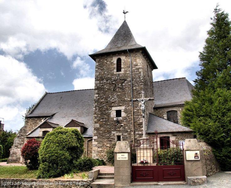Église St-Laurent, à Tréméreuc.
