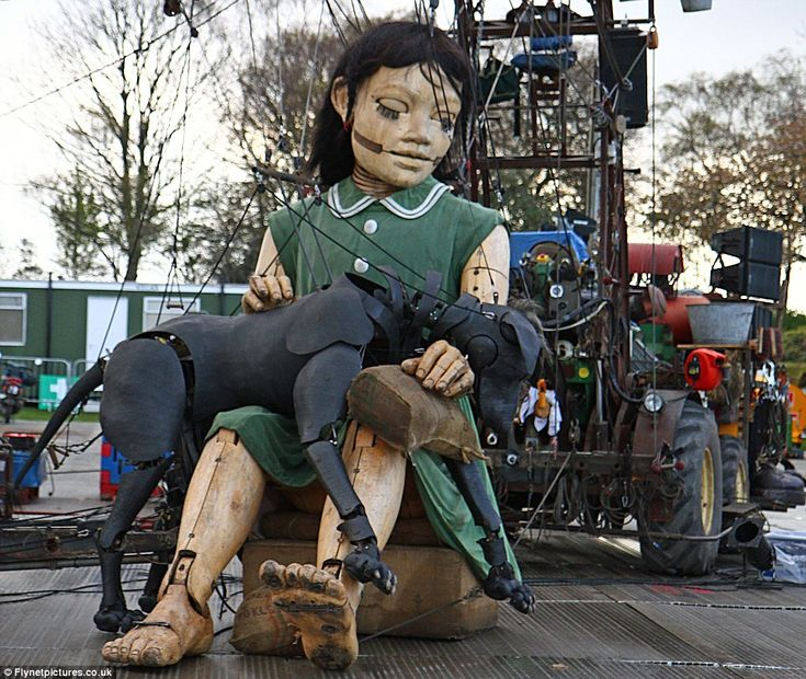 Little Girl Giant and Xolo of Royal De Luxe Theatre in Liverpool 2012 - Titanic tribute.