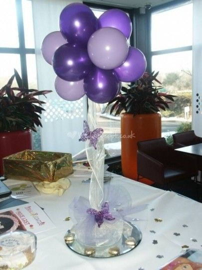 Best 25 balloon centerpieces wedding ideas on pinterest for Balloon decoration for wedding