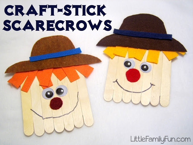 Popsicle stick Scarecrow craft for kids!  Perfect for a fall themed preschool playtime