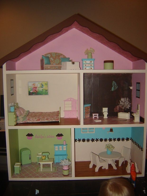 Creative DIY Dollhouses ♥ Would Love To Do This Sometime For Illusia. Maybe  Her 5th