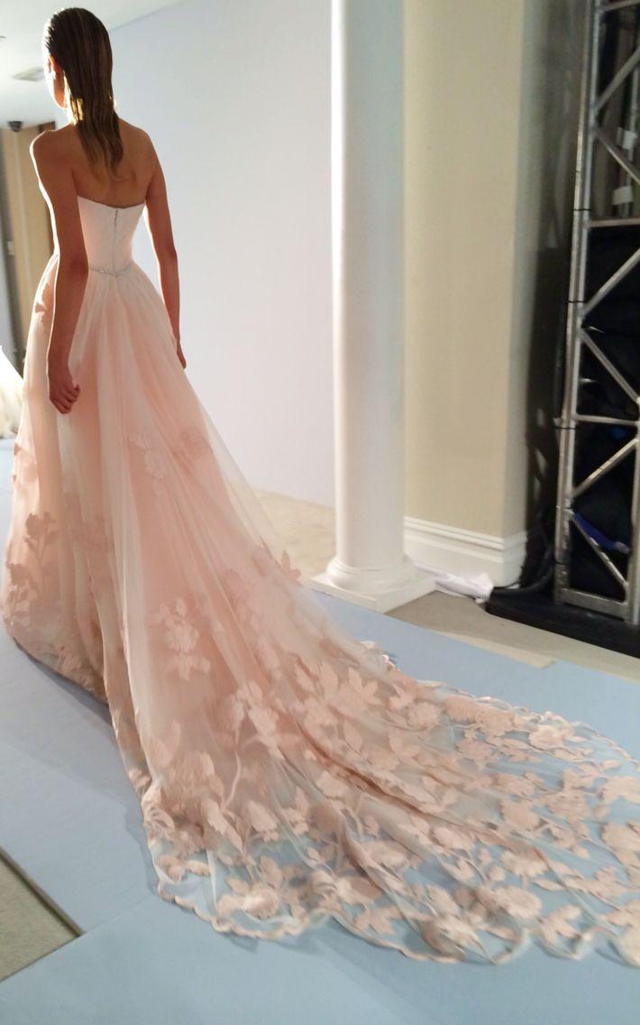 Lisa robertson in wedding dress - Feminine Lisa Robertsonfashion