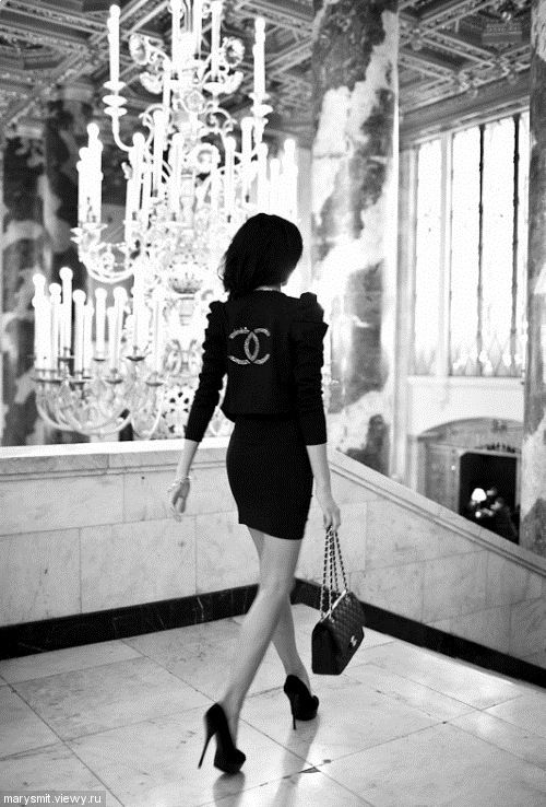 oh excuse us, we need to head to our afternoon meeting. #chanel #chandeliers