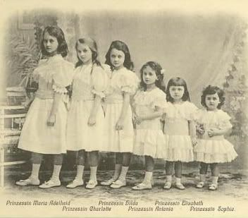 Six princess all in a row!  Oldest to youngest:  Princess Marie-Adelheid, Princess Charlotte, Princess Hilda, Princess Antonia, Princess Elisabeth, and Princess Sophie.