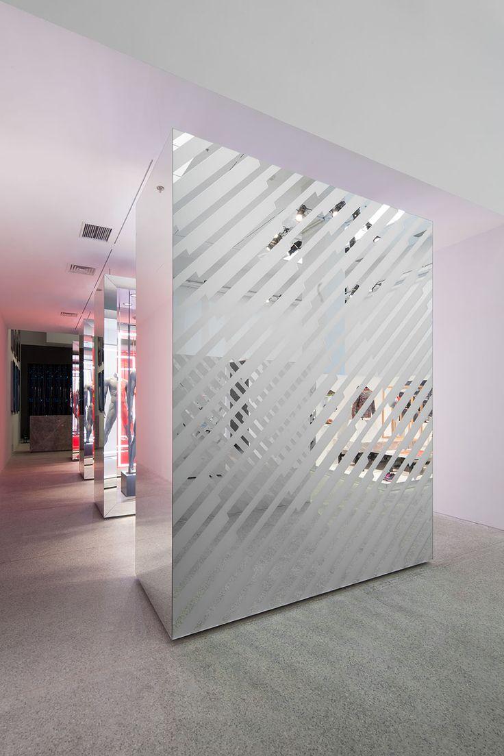 235 best images about murs cloisons verre miroir on pinterest mirr - Cloison verre opaque ...
