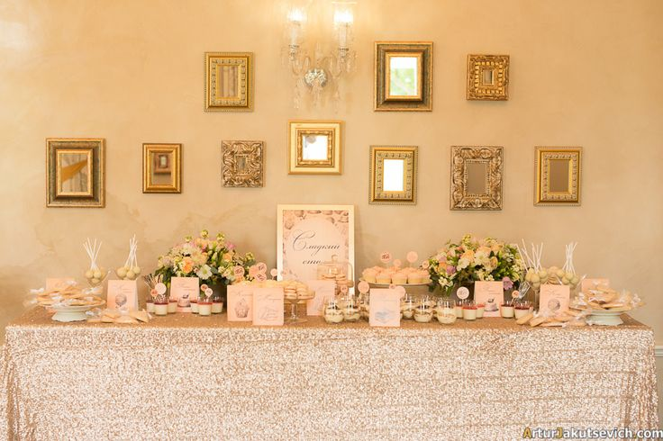 Peach toned summer wedding in Chateau Mcely Golden frames with patina, mirrors, roses and peaches