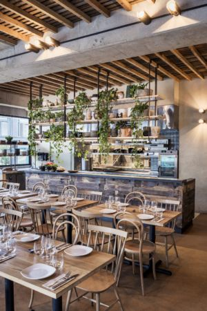 Drake is a relaxed, neighbourhood eatery in the heart of Bondi Beach Driven by a focus on seasonal, locally sourced, sustainable produce, Drake is the first restaurant by owner and head chef Ian Oakes. Drake is a place to unwind