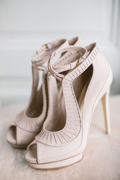 Awesome wedding shoes: http://www.stylemepretty.com/2014/05/19/peach-gold-luxury-wedding-inspiration/ | Photography: Sarah Marusic - http://www.sandramarusic.ch/