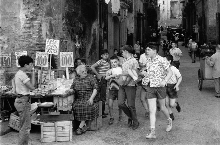 Henri Cartier-Bresson Naples. 1960