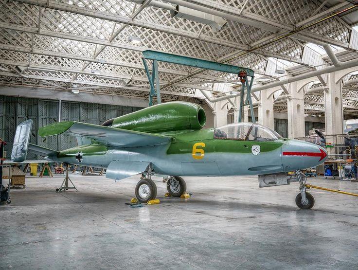 Heinkel He 162 A-2 Salamander. Quite a rare bird! #duxford #ww2plane #warbirds #ww2history #excellentaviation #instaplane #instaaviation #heinkel #aircraftsphotos #aviationdaily #aviationphotography