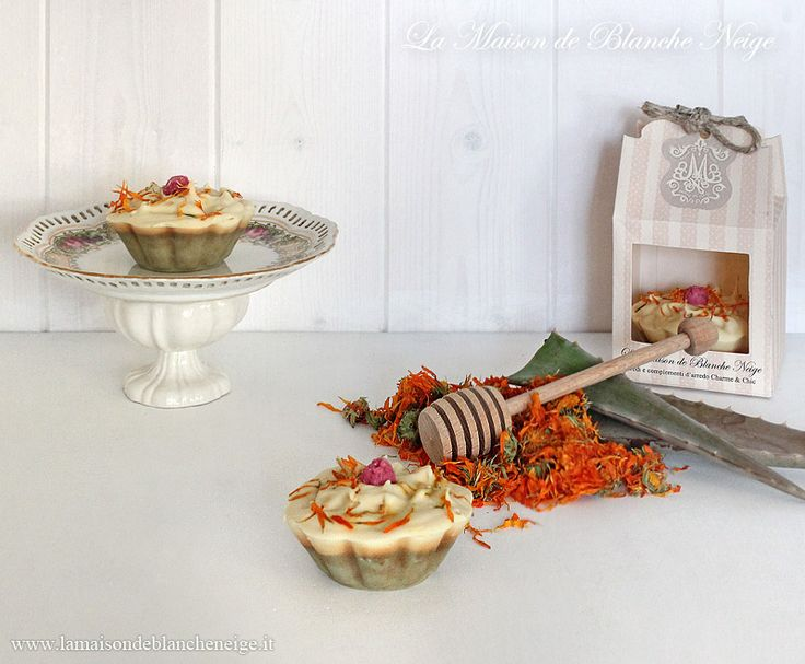 Handmade Marigold and Aloe vera Bar Soap  Www.lamaisondeblancheneige.it