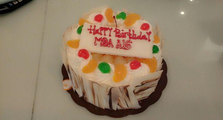 birthday cake for mba ais