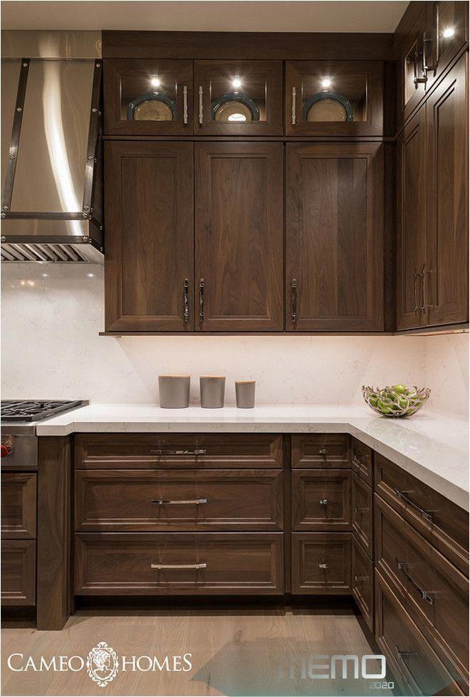 Oct 10 2019 Beautiful Kitchen Cabinets For Your New Kitchen Kitchenideasfarmhouseopenconcept In 2020 Braune Kuchen Moderne Kuchenideen Weisse Kuche
